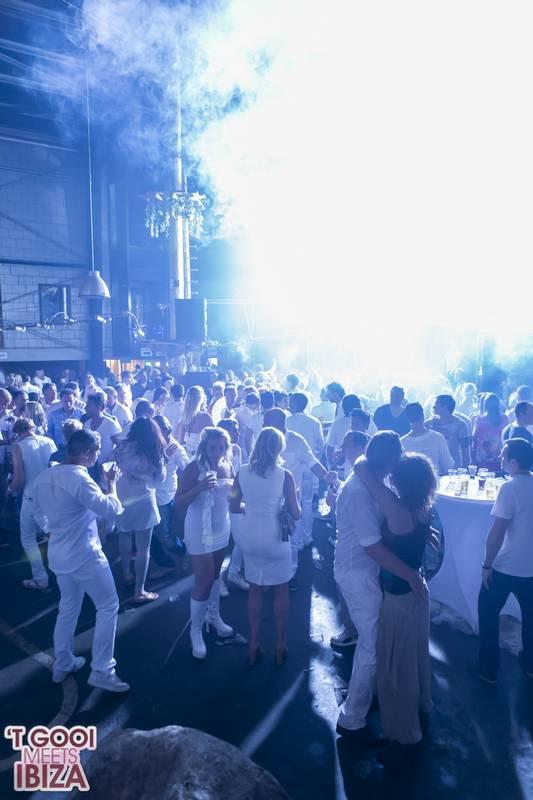 The White Night Gooi pictures77